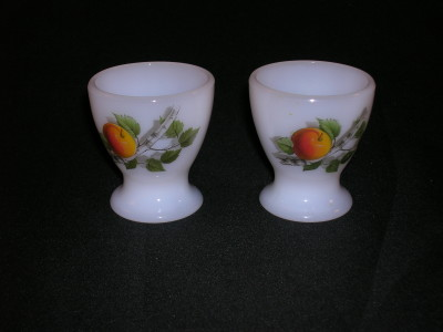 Arcopal Fruits de France Egg Cup