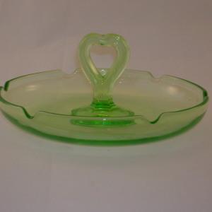 L E Smith Glass Bon Bon