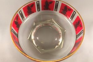 Jeannette Glass chip bowl top view