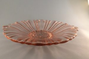 pink Old Cafe depression glass candy dish side view