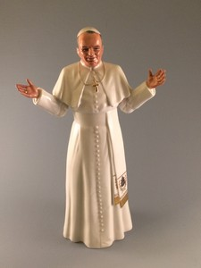 Pope John-Paul figurine by Royal Doulton